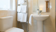 Ensuite-Bathroom-Double-Bnb-Room-Galway